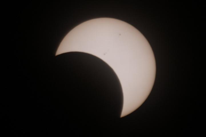 金環日食 08:08