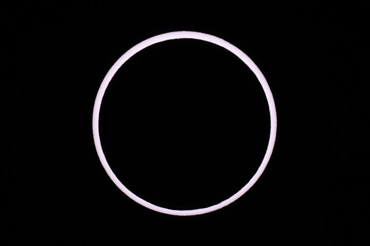 金環日食 07:32